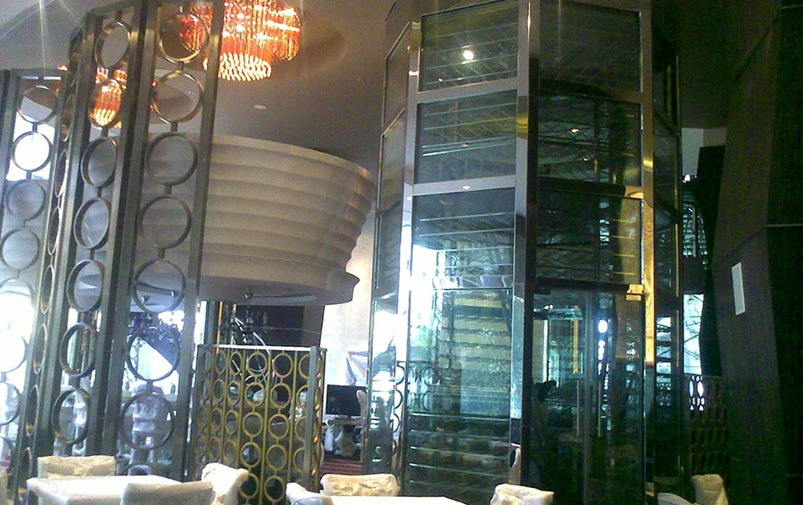 Wine tower - sofitel hotel bkc